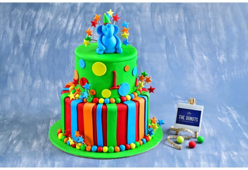 Party theme cake